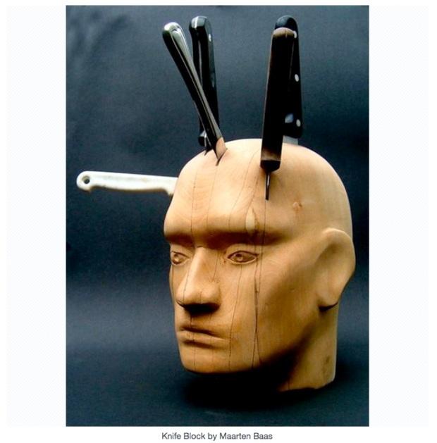 Range couteau tête homme