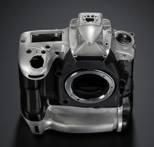 Le D750 intègre de la fibre de carbone