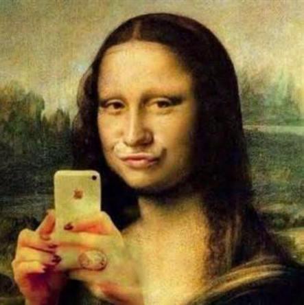 selfie joconde pute à frange duck face