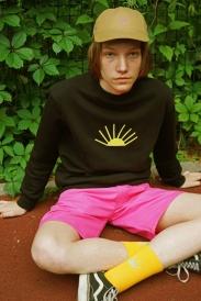 gosha-rubchinskiy-x-timur-novikov-x-dover-street-market-2015-summer-lookbook-6666666